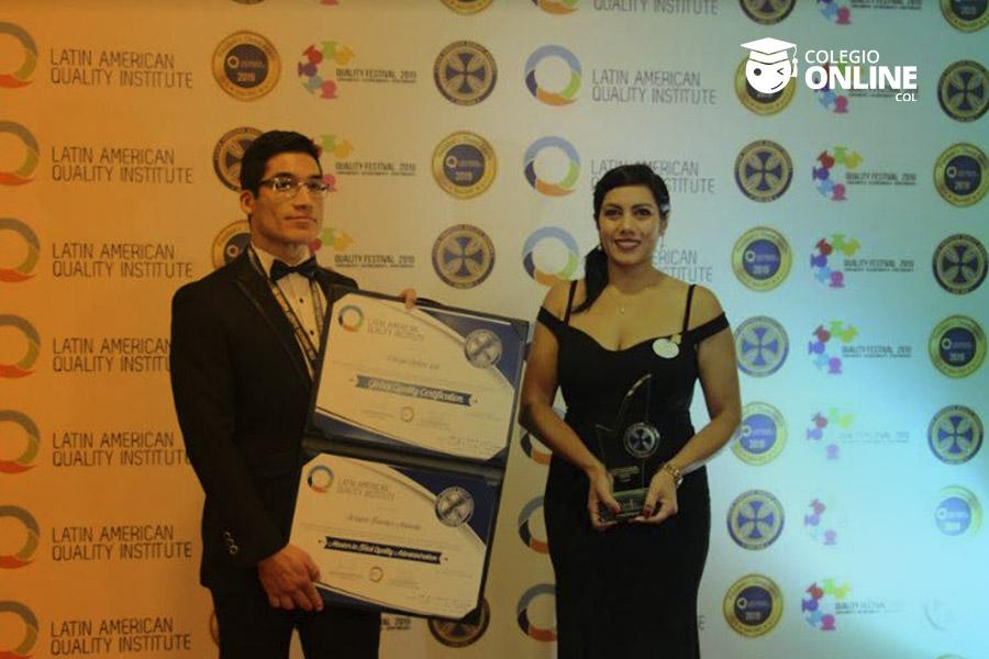 Ganador LAQI 2019 Colegio Online